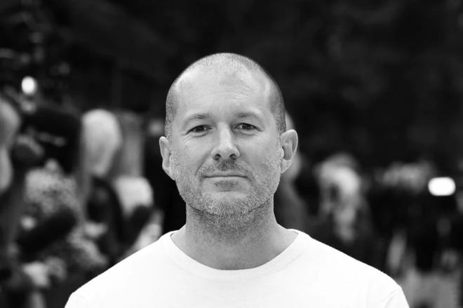 Apple设计主管Jony Ive与Stephen Fry讨论iPhone设计