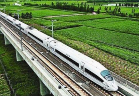 敦煌至格尔木铁路铺轨工程全面完成