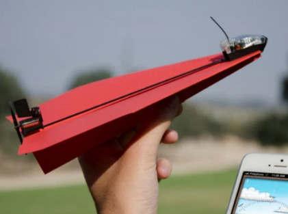 PowerUp Toys将使iPhone控制的纸飞机飞行10分钟
