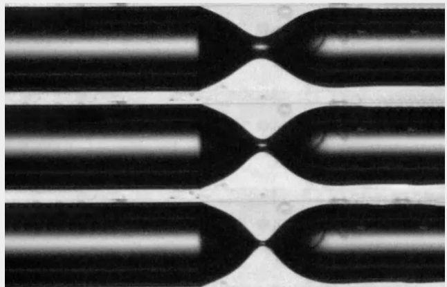 研究人员解开了气泡如何在液体中形成的神秘面纱