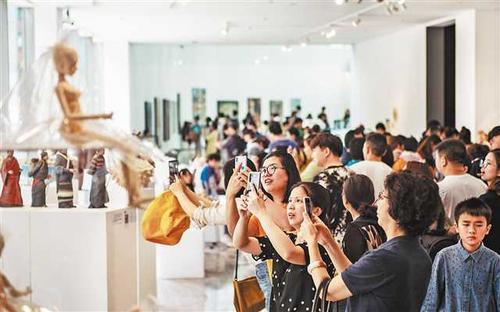重庆迎来艺术的盛宴--四川美术学院毕业展艺术游