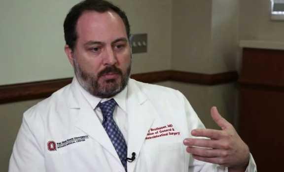 专家说减肥手术的标准应该包括超过体重