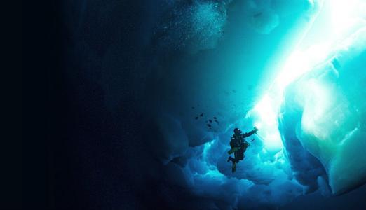 法国潜水员开展大胆的深海探险