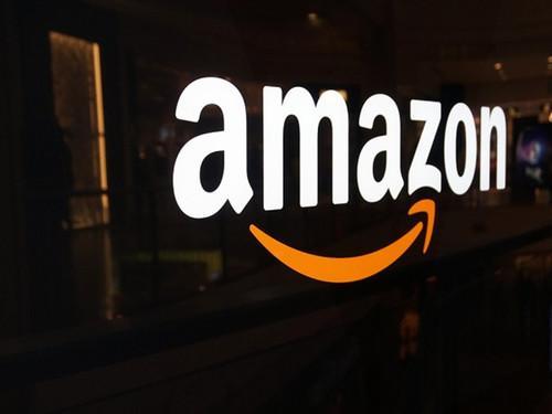 亚马逊这家公司可以赢得美女之战