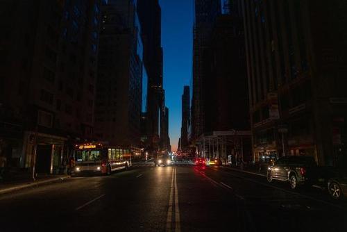 纽约市停电 以下是我们对广泛停电的了解