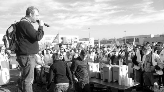 德国亚马逊工人大罢工 要求工资不打折