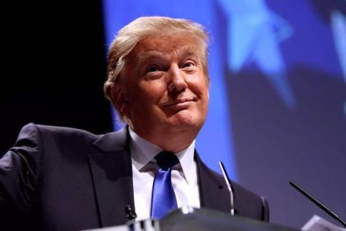 新一波经济制裁 特朗普剑指伊朗最高领袖
