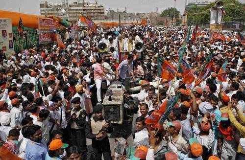 工会抗议Modi govt的撤资行动