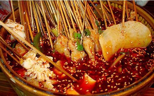 中国餐饮市场规模突破四万亿元 一半消费者是90后