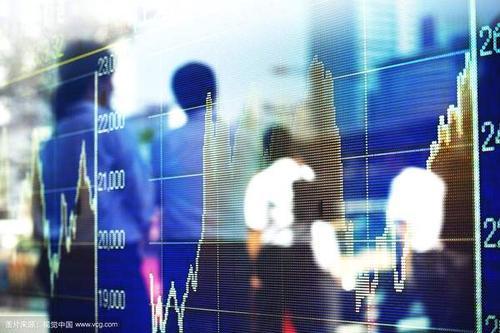 中国投资者击败98%的同业投注香港股票