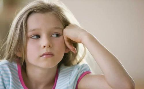 大脑消耗了孩子一半的能量 这对于体重增加很重要