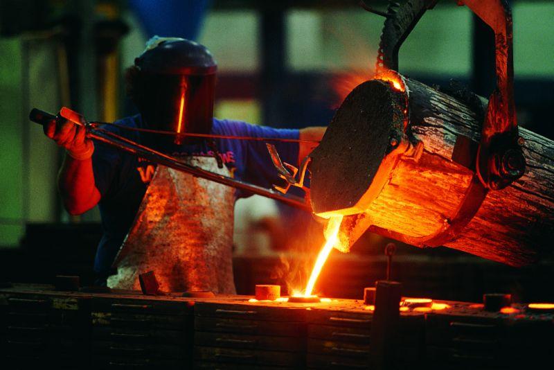 为什么美国钢铁股今日下跌9%