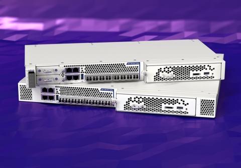 最大的云服务提供商采用ADVA FSP 3000来应对激烈的数据增长