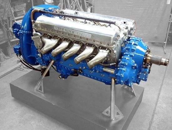 您将这辆1760bhp的Spitfire发动机放入哪辆车