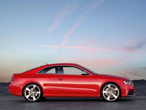 顶级排挡汽车评论  奥迪RS5