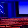 影院停摆158天让档期中的电影回款徒增变数