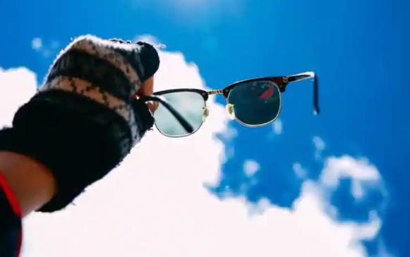 Apple AR眼镜的micro OLED屏幕正在测试阶段